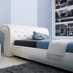 1031  Leather Bed