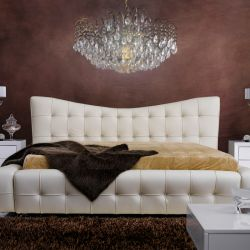 1179  Leather Bed