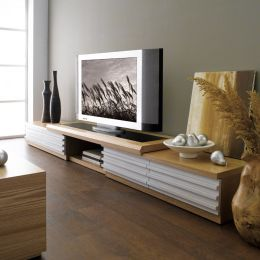 WMB-573  TV Stand