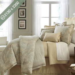 Villa Azzano  Queen/King Comforter