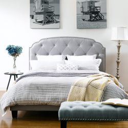DS-2223-290  Queen Upholstered Bed