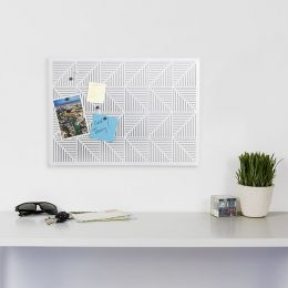470790-660 Trigon-White Bulletin Board