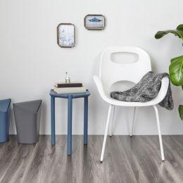 320150-660 OH-White Chair
