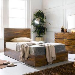 Signature-Q-201  Queen Bed w/ Headboard