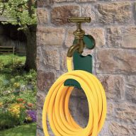 90150-Green  Space Hosepipe Hanger