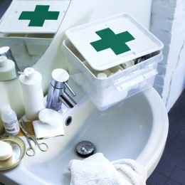 7110 Deco 12 First Aid Box w/ Lid