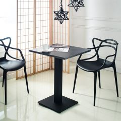 Chica-S-Black  Table