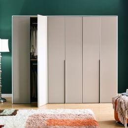 WD-5000-LG-03  3-Unit Closet