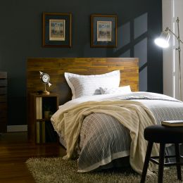 Lucy-Q-Acacia  Queen Bed w/ Nightstand